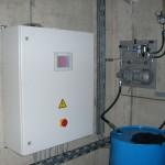 Steuerung und Pumpstation Щl